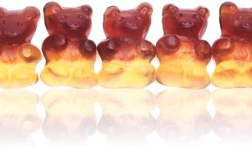Große Cola Bären